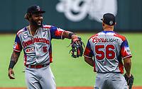 Hector Gomez  (5 ) y Edwin Espina (56)  &Aacute;guilas Cibae&ntilde;as de Republica Dominicana.<br /> <br /> Aspectos del segundo d&iacute;a de actividades de la Serie del Caribe con el partido de beisbol  &Aacute;guilas Cibae&ntilde;as de Republica Dominicana contra Caribes de Anzo&aacute;tegui de Venezuela en estadio Panamericano en Guadalajara, M&eacute;xico,  s&aacute;bado 3 feb 2018. (Foto  / Luis Gutierrez)
