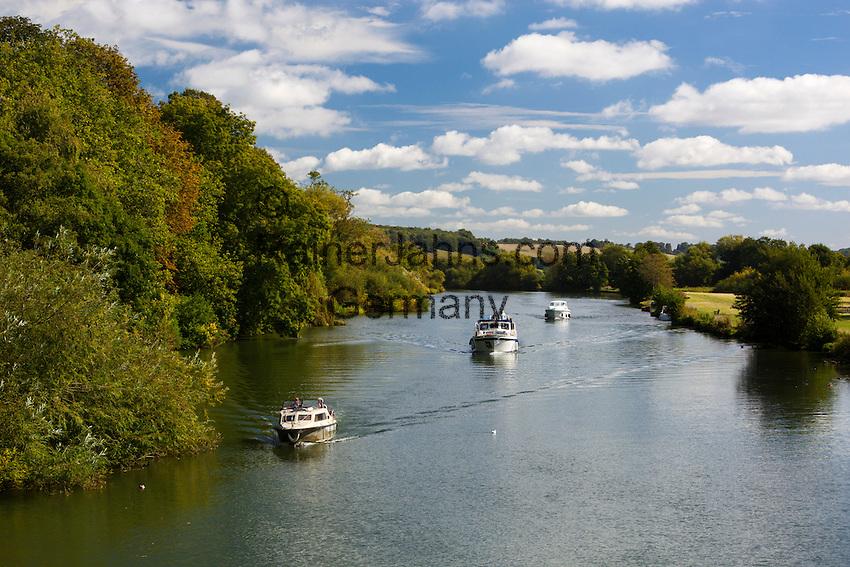 Great Britain, England, Berkshire: River Thames at Pangbourne   Grossbritannien, England, Berkshire: Bootstour auf der Themse bei Pangbourne