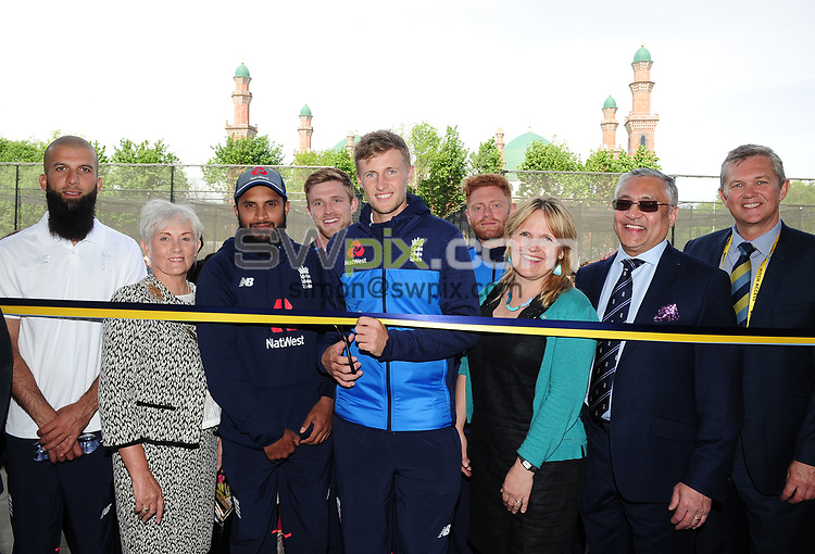 Picture by Simon/SWpix.com 23/05/2017 -  Yorkshire County Cricket Club 2017 - New net facility at Park Avenue Bradford - England Captain Joe Root - pictured opening the new facility at Bradford Park Avenue - with members of the local Asian Community