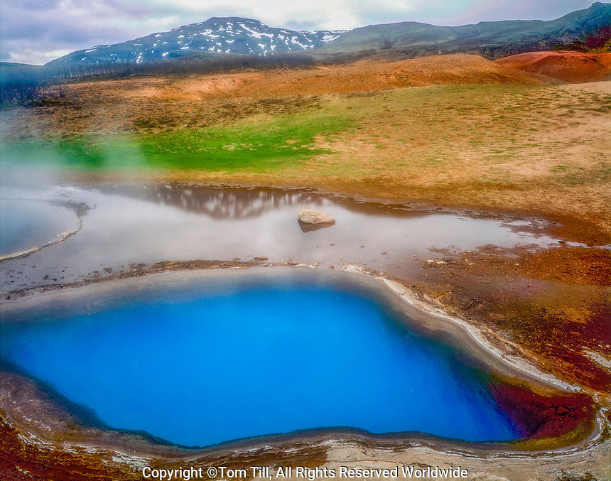 Blue hot spring, Geysir Nature Preserve, Iceland, Iceland Goilden Circle