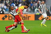 5th November 2017, Allianz Stadium, Turin, Italy; Serie A football, Juventus versus Benevento; Douglas Costa challenges Danilo Cataldi