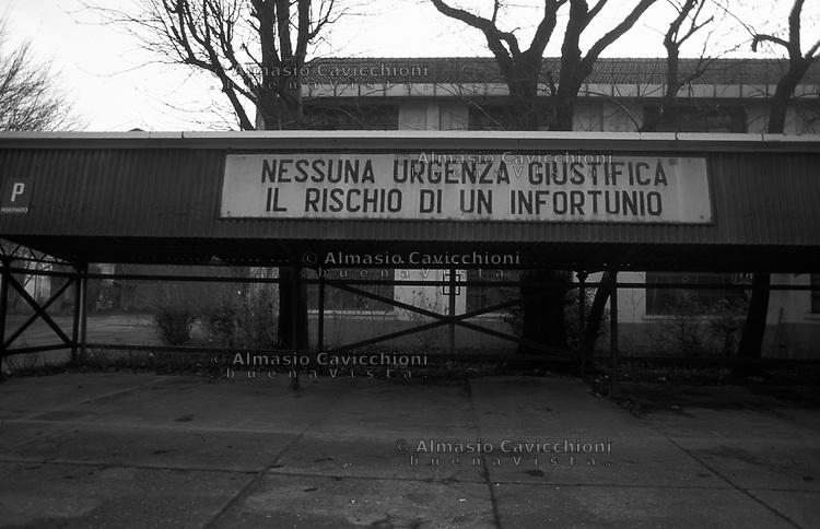16 Gen 1996, Milano, Ultimo giorno alle acciaierie Falk prima della chiusura<br /> Jan 16, 1996, Milan, Last day in the Falk steel plant before closing