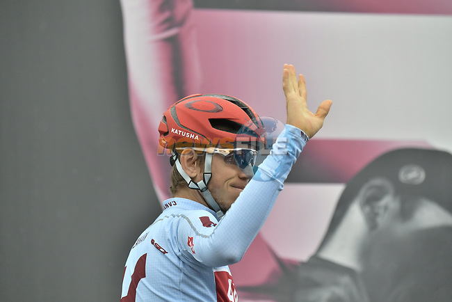 Ilnur Zakarin (RUS) Team Katusha Alpecin at sign on before Stage 16 of the 2019 Giro d'Italia, running 194km from Lovere to Ponte di Legno, Italy. 28th May 2019<br /> Picture: Fabio Ferrari/LaPresse | Cyclefile<br /> <br /> All photos usage must carry mandatory copyright credit (© Cyclefile | Fabio Ferrari/LaPresse)