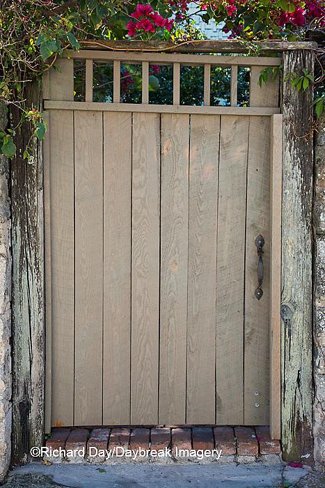 63412-01105 Tan gate in St Augustine, FL