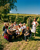 AUSTRIA, Morbisch, Reinprecht family enjoys a picnic at their Schindler vineyard in Morbisch during harvest, Burgenland