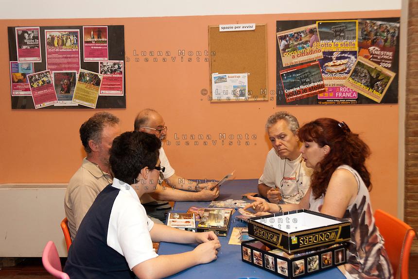 Pomeriggio dei giochi da tavolo. Cascina Roccafranca. Torino