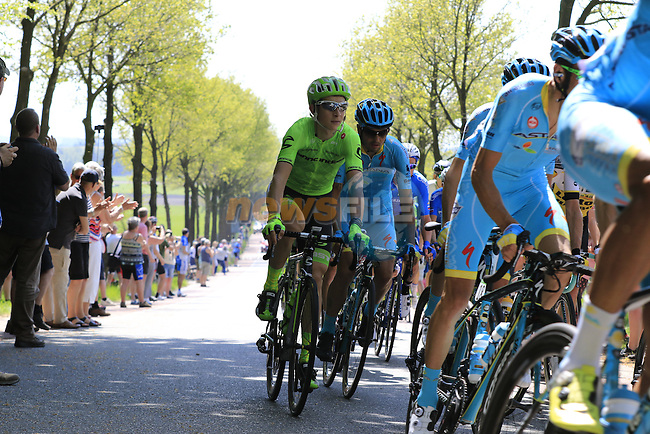 The peloton including Davide Formolo (ITA) Cannondale at Deelen during Stage 2 of the 2016 Giro d'Italia running 190km from Arnhem to Nijmegen, The Nethrerlands. 7th May 2016.<br /> Picture: Eoin Clarke | Newsfile<br /> <br /> <br /> All photos usage must carry mandatory copyright credit (&copy; Newsfile | Eoin Clarke)