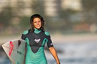 FRANCISCA SANTOS (PRT) surfing at Snapper Rocks, Coolangatta , Queensland, Australia.  Photo: joliphotos.com
