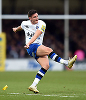 Freddie Burns of Bath Rugby kicks for the posts. Aviva Premiership match, between Exeter Chiefs and Bath Rugby on December 2, 2017 at Sandy Park in Exeter, England. Photo by: Patrick Khachfe / Onside Images
