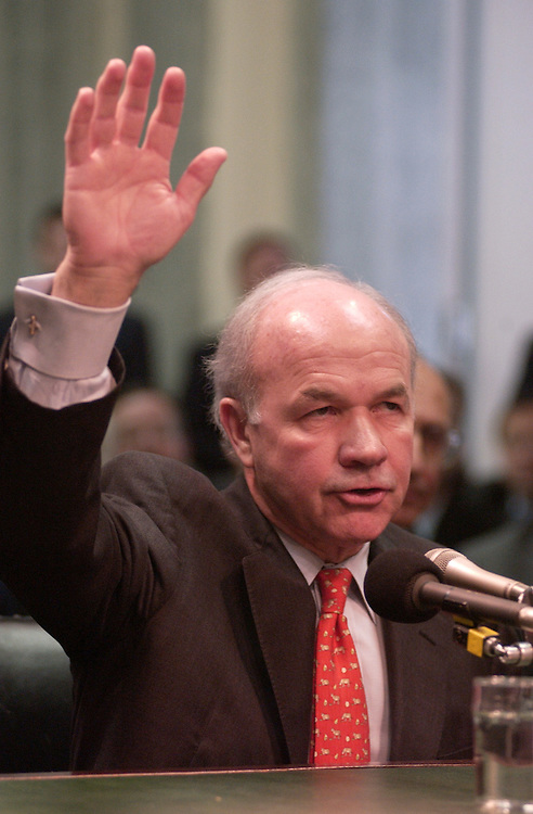 lay4/021202 - Former CEO of Enron Kenneth Lay is sworn in before invoking his Fifth Amendment right not to testify in front of a Senate Commerce Committee hearing on Tuesday.