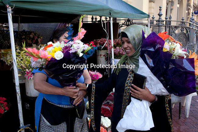 CAPCAPE TOWN, SOUTH AFRICA - MARCH 21: The flower market on Adderley street on March 21, 2012 in Cape Town, South Africa (Photo by Per-Anders Pettersson For Le Monde)