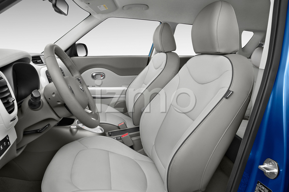 Front seat view of 2017 KIA Soul EV Base 5 Door Hatchback front seat car photos