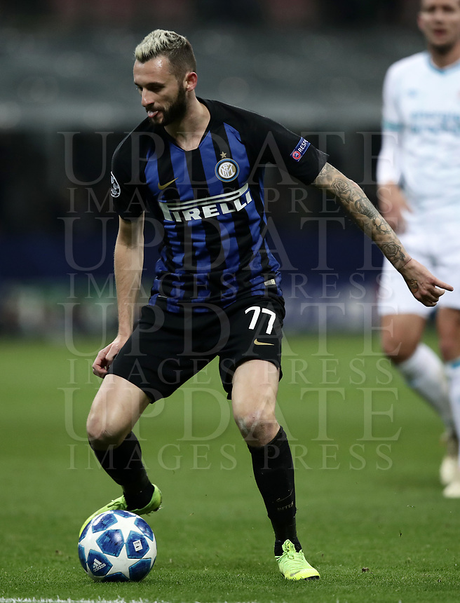 Football: UEFA Champions League -Group Stage - Group B - FC Internazionale Milano vs PSV Eindhoven, Giuseppe Meazza  (San Siro) Stadium, Milan Italy, December 11, 2018.<br /> Inter Milan's Marcelo Brozovic in action with during the Uefa Champions League football match between Inter Milan and PSV Eindhoven at Giuseppe Meazza  (San Siro) Stadium in Milan on December 11, 2018. <br /> UPDATE IMAGES PRESS/Isabella Bonotto