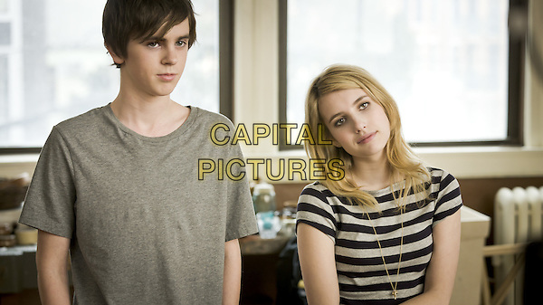 Freddie Highmore & Emma Roberts.in The Art of Getting By.*Filmstill - Editorial Use Only*.CAP/PLF.Supplied by Capital Pictures.
