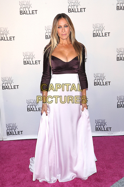 NEW YORK, NY - SEPTEMBER 20: Sarah Jessica Parker attends  New York City Ballet 2016 Fall Gala at David H. Koch Theater on September 20, 2016 in New York City. <br /> CAP/MPI99<br /> &copy;MPI99/Capital Pictures