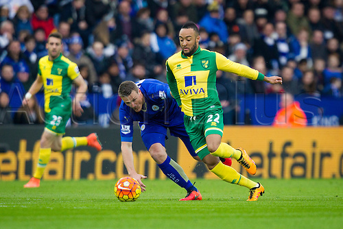 27.02.2016. King Power Stadium, Leicester, England. Barclays Premier League. Leicester City versus Norwich City. Nathan Redmond of Norwich City beats Robert Huth of Leicester City.