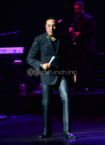 FORT LAUDERDALE, FL - MARCH 07: Smokey Robinson performs onstage at Au-Rene Theater at Broward Center for Performing Arts on March 7, 2017 in Fort Lauderdale, Florida.  Credit: MPI10 / MediaPunch