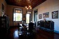 Itapecerica_MG, Brasil...Sala de jantar de uma casa em Itapecerica...A dining room in the house in Itapecerica...Foto: LEO DRUMOND / NITRO