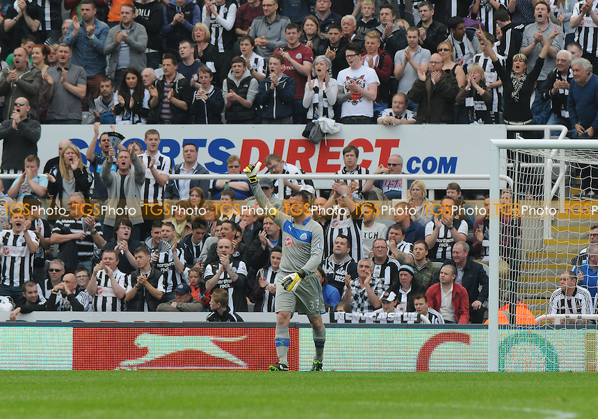 Newcastle United goalkeeper Steve Harper is applauded by fans in the 37th minute - Newcastle United vs Arsenal - Barclays Premier League Football at St James Park, Newcastle upon Tyne - 19/05/13 - MANDATORY CREDIT: Steven White/TGSPHOTO - Self billing applies where appropriate - 0845 094 6026 - contact@tgsphoto.co.uk - NO UNPAID USE