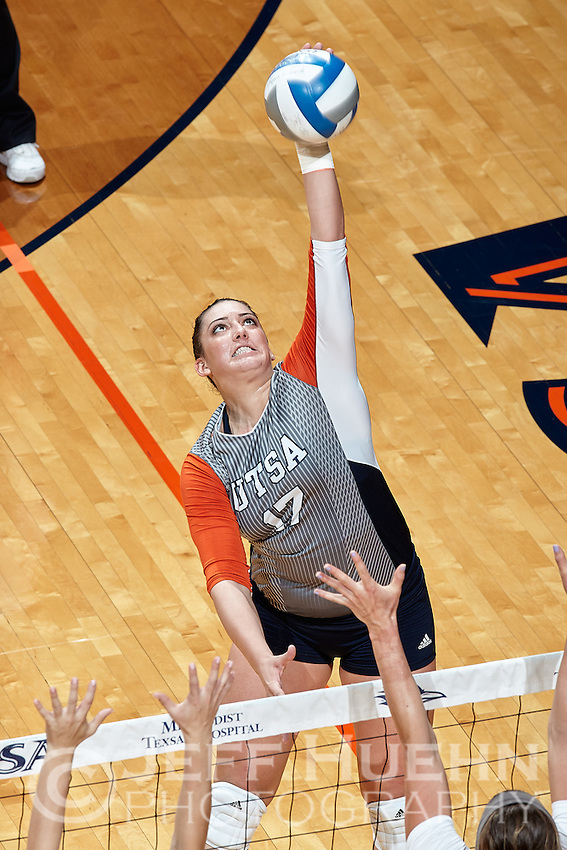 SAN ANTONIO, TX - OCTOBER 16, 2016: The University of Texas at San Antonio Roadrunners defeat the University of Texas at El Paso Miners 3-2 (23-25, 25-21, 25-23, 22-25, 15-7) at the UTSA Convocation Center. (Photo by Jeff Huehn)