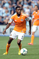 Warren Creavalle (5) defender Houston Dynamo in action..Sporting Kansas City and Houston Dynamo played to a 1-1 tie at Sporting Park, Kansas City, Kansas.