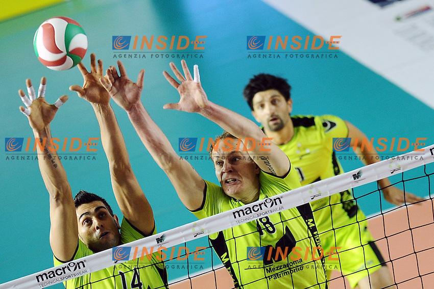 Muro di Giulio Sabbi Novica Bjelica (MRoma).MRoma Volley vs Sisley Belluno .Campionato di Pallavolo Serie A1.PalaTiziano, Roma, 23/10/2011.Photo Antonietta Baldassarre