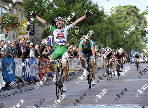 2010-08-29 / Wielrennen / Omloop der Vlaamse Gewesten Wuustwezel / Maarten Van Trijp won de spurt voor zijn medevluchters..Foto: Mpics