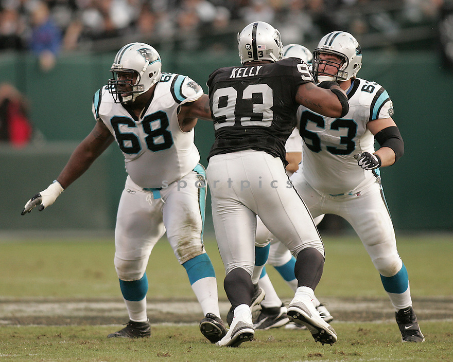 GEOFF HANGARTNER, of the Carolina Panthers in action against the Oakland Raiders during the Panthers game  in Oakland, California  on November 9, 2008..Panthers win 17-6