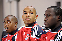 Thierry Henry (14) (C) of the New York Red Bulls on the bench prior to the start of the 2nd leg of the Major League Soccer (MLS) Eastern Conference Semifinals against the San Jose Earthquakes at Red Bull Arena in Harrison, NJ, on November 04, 2010.