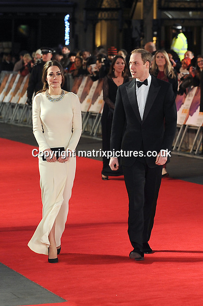 NON EXCLUSIVE PICTURE: PAUL TREADWAY / MATRIXPICTURES.CO.UK<br /> PLEASE CREDIT ALL USES<br /> <br /> WORLD RIGHTS<br /> <br /> Catherine, Duchess of Cambridge and Prince William, Duke of Cambridge, attend the Royal film performance of &quot;Mandela: Long Walk to Freedom&quot; at the Odeon Theatre at Leicester Square in London, England.<br /> <br /> DECEMBER 5th 2013<br /> <br /> REF: PTY 137771