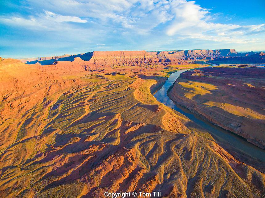 Colorado River enters the Canyonlands,  Utah  Jackson Bottom near Potash,  Anticline overlook