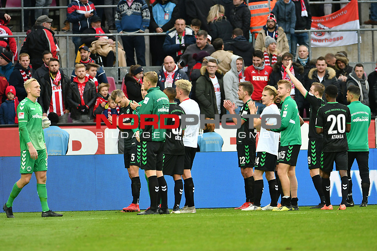 01.12.2018, RheinEnergieStadion, Koeln, GER, 2. FBL, 1.FC Koeln vs. SpVgg Greuther Fürth,<br />  <br /> DFL regulations prohibit any use of photographs as image sequences and/or quasi-video<br /> <br /> im Bild / picture shows: <br /> die Fuerther bedanken sich bei den mitgereisten Fans <br /> <br /> Foto © nordphoto / Meuter