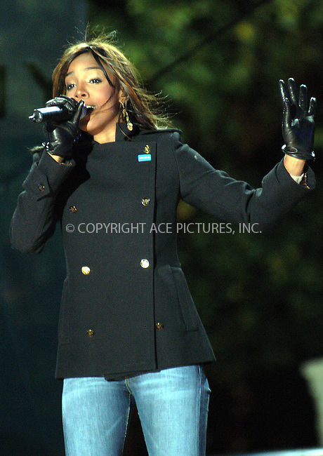 Singer Kelly Rowland joined Mayor Bloomberg for the lighting of the UNICEF Snowflake outside the Plaza Hotel in New York City. November 20 2003. Please byline: AJ SOKALNER/NY Photo Press.   ..*PAY-PER-USE*      ....NY Photo Press:  ..phone (646) 267-6913;   ..e-mail: info@nyphotopress.com