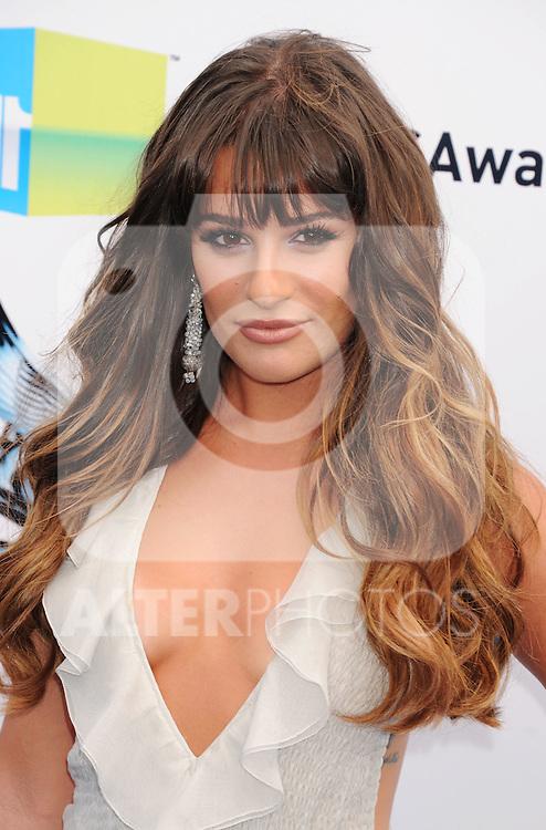 SANTA MONICA, CA - AUGUST 19: Lea Michele arrives at the 2012 Do Something Awards at Barker Hangar on August 19, 2012 in Santa Monica, California. /NortePhoto.com....**CREDITO*OBLIGATORIO** ..*No*Venta*A*Terceros*..*No*Sale*So*third*..*** No Se Permite Hacer Archivo**