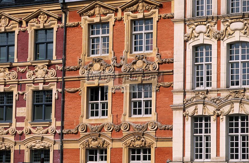 Europe/France/Nord-Pas-de-Calais/59/Nord/Lille: La Grand Place - Détail de la façade des maisons de la place