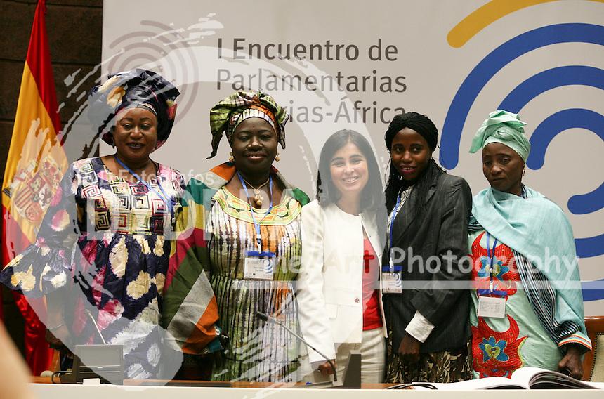 Representatives and Fatou Tibaye, Carolina Darias, Nenata Njie,... pose after meeting