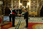 Madrid, (24/10/10).- S.M. El Rey D. Juan Carlos de Borbon recibe las cartas credenciales del Embajador de la Republica Popular de Bangladesh, Excmo. senor Chowdhury Ikhtiar Momin en el Palacio Real.....King Juan Carlos I of Spain presided the Credential Cards giving to diplomatics in Spain...Photo: Alex Cid-Fuentes / ALFAQUI