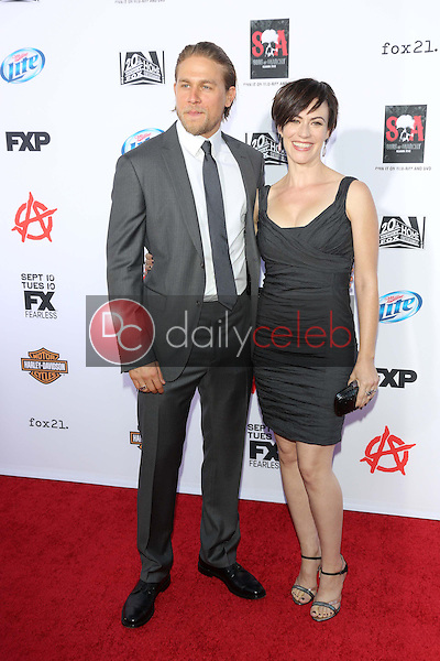 Charlie Hunnam, Maggie Siff<br />