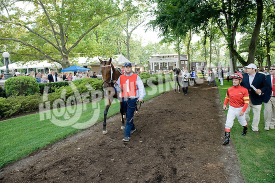 Jon Court & Brad Cox with Temple Street before The Delaware Handicap at Delaware Park on 7/19/09