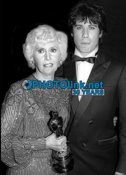Barbara Stanwyck John Travolta Undated<br /> Photo By John Barrett/PHOTOlink