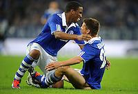 FUSSBALL   EUROPA LEAGUE   SAISON 2011/2012   Play-offs FC Schalke 04 - HJK Helsinki                                25.08.2011 Jubel nach dem 5:1: Klaas-Jan HUNTELAAR (re) und  Jefferson FARFAN (li, beide Schalke)