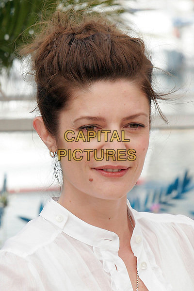 "CHIARA MASTROIANNI.""Les Chansons D'Amour"" photocall during the 60th International Cannes Film Festival, Cannes, France,.May 18 2007..portrait headshot .CAP/DAR.©Darwin/Capital Pictures"