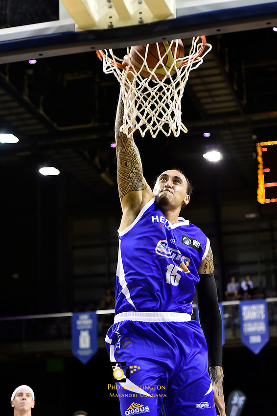 Leon Henry in action during the NBL - Wellington Saints v Nelson Giants at TSB Bank Arena, Wellington,  New Zealand on Friday 22 April 2016. <br /> Photo by Masanori Udagawa. <br /> www.photowellington.photoshelter.com.
