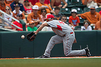 Houston Cougars third baseman Connor Hollis (44) fields a ground ball during the NCAA Super Regional baseball game against the Texas Longhorns on June 7, 2014 at UFCU Disch–Falk Field in Austin, Texas. The Longhorns are headed to the College World Series after they defeated the Cougars 4-0 in Game 2 of the NCAA Super Regional. (Andrew Woolley/Four Seam Images)
