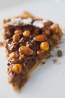 Europe/France/73/Savoie/Val d'Isère: Tarte aux noix , recette du restaurant: La Fruitière  à l'arrivée de la télécabine de la Daille,