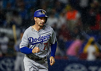 Tim Locastro de los dodgers, durante el partido de beisbol de los Dodgers de Los Angeles contra Padres de San Diego, durante el primer juego de la serie las Ligas Mayores del Beisbol en Monterrey, Mexico el 4 de Mayo 2018.<br /> (Photo: Luis Gutierrez)