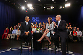 United States President Barack Obama, along with Early Show co-anchor Erica Hill (L) and CBS News correspondent Harry Smith (R), laugh during a pause in the taping of a CBS News Town Hall Meeting on the Economy at the Newseum in Washington, DC, USA, on 11 May, 2011..Credit: Jim LoScalzo / Pool via CNP