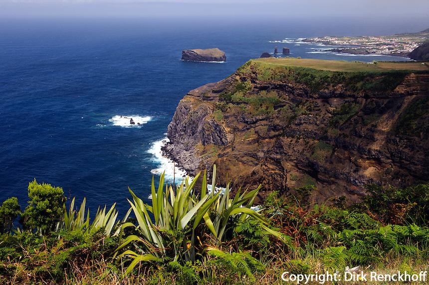 Küste bei Mosteiros auf der Insel Sao Miguel, Azoren, Portugal