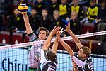 11.11.2017, Arena Kreis Dueren, Dueren<br />Volleyball, Bundesliga MŠnner / Maenner, Normalrunde, SWD powervolleys DŸren / Dueren vs. Netzhoppers Kšnigs / Koenigs Wusterhausen<br /><br />Angriff Paul Sprung (#14 Netzhoppers) - Block / Doppelblock Tim Broshog (#3 Dueren), Marvin Prolingheuer (#8 Dueren)<br /><br />  Foto © nordphoto / Kurth