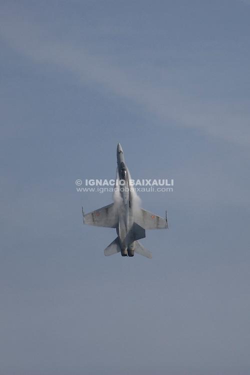 F18 Aviación Militar / Army aviation. V FESTIVAL AEREO CIUDAD DE VALENCIA, 19/10/2008 - Playa de la Malvarrosa / Malvarrosa beach, Valencia, España / Spain